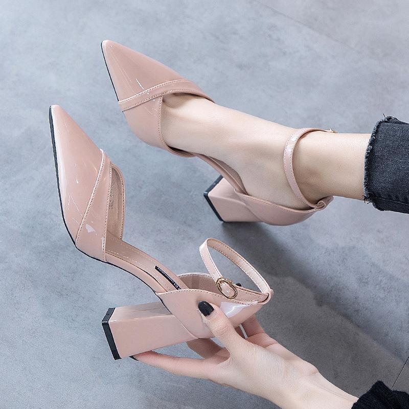 漆皮高跟单鞋 小清新高跟鞋少女粗跟2021新款时尚漆皮一字扣单鞋百搭浅口尖头鞋_推荐淘宝好看的女漆皮高跟单鞋
