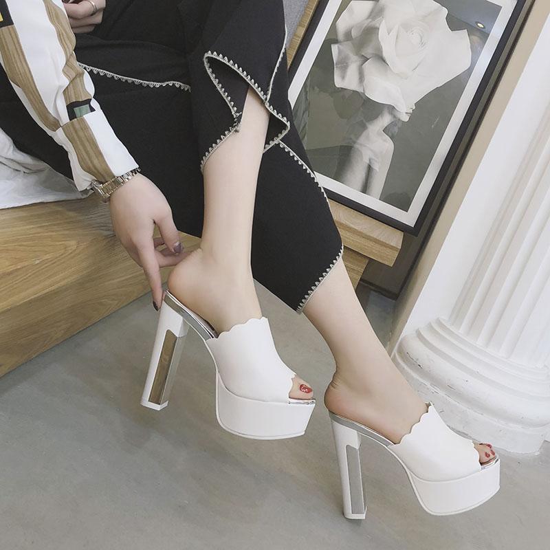 白色鱼嘴鞋 防水台粗跟真皮凉拖鞋女夏鱼嘴高跟拖鞋12cm厚底白色时尚外穿拖鞋_推荐淘宝好看的白色鱼嘴鞋