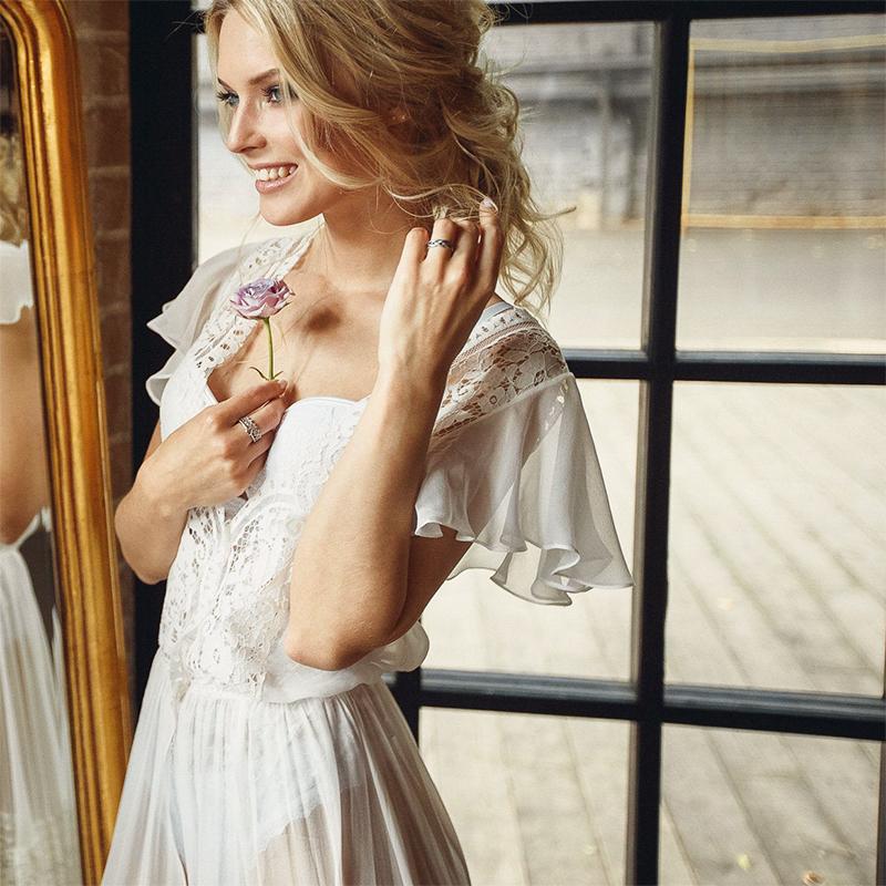 白色蕾丝连衣裙 秋装连衣裙蕾丝白色V领低胸性感女装收腰修身包臀气质礼服长裙_推荐淘宝好看的白色蕾丝连衣裙