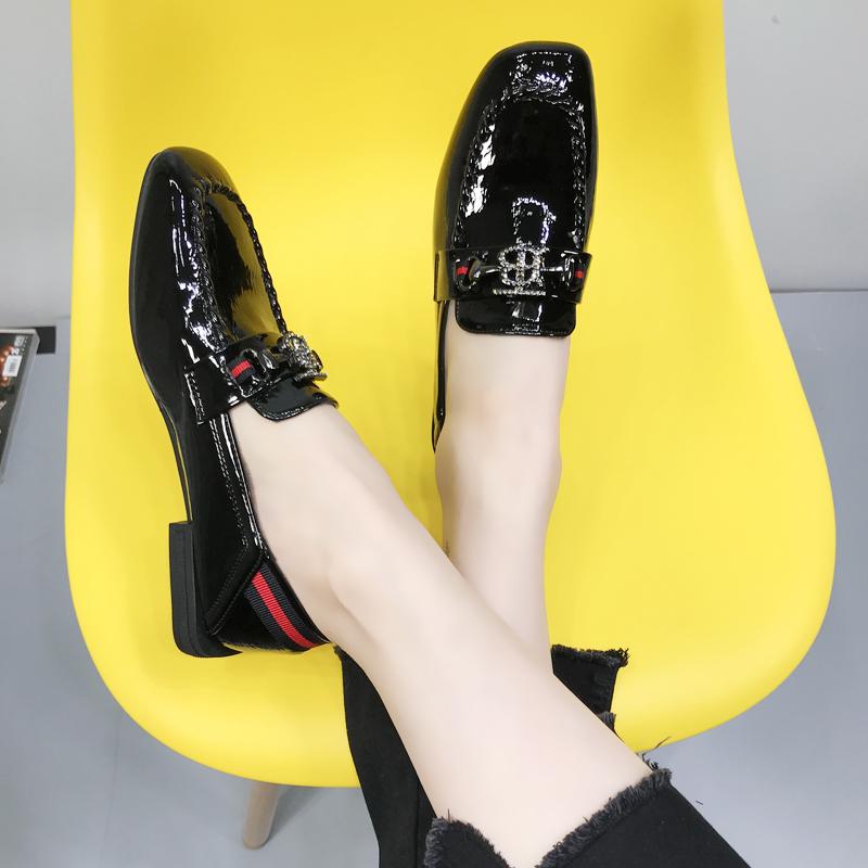 单鞋 2020春秋新款英伦平底豆豆鞋女漆皮水钻方头单鞋森女系复古小皮鞋_推荐淘宝好看的女单鞋