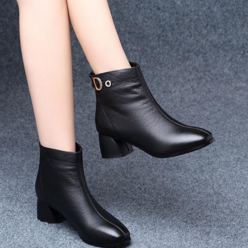 高跟鞋 短靴女秋冬2019新款英伦风百搭中跟粗跟高跟皮鞋冬季加绒单靴40_推荐淘宝好看的女高跟鞋