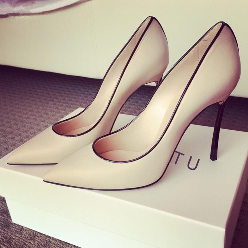 白色尖头鞋 2020年秋新款小清新尖头高跟性感浅口细跟夜场女单鞋白色走秀婚鞋_推荐淘宝好看的白色尖头鞋