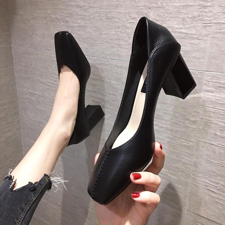 黑色高跟单鞋 粗跟高跟鞋2021新款春季职业黑色法式少女士工作百搭网红方头单鞋_推荐淘宝好看的女黑色高跟单鞋