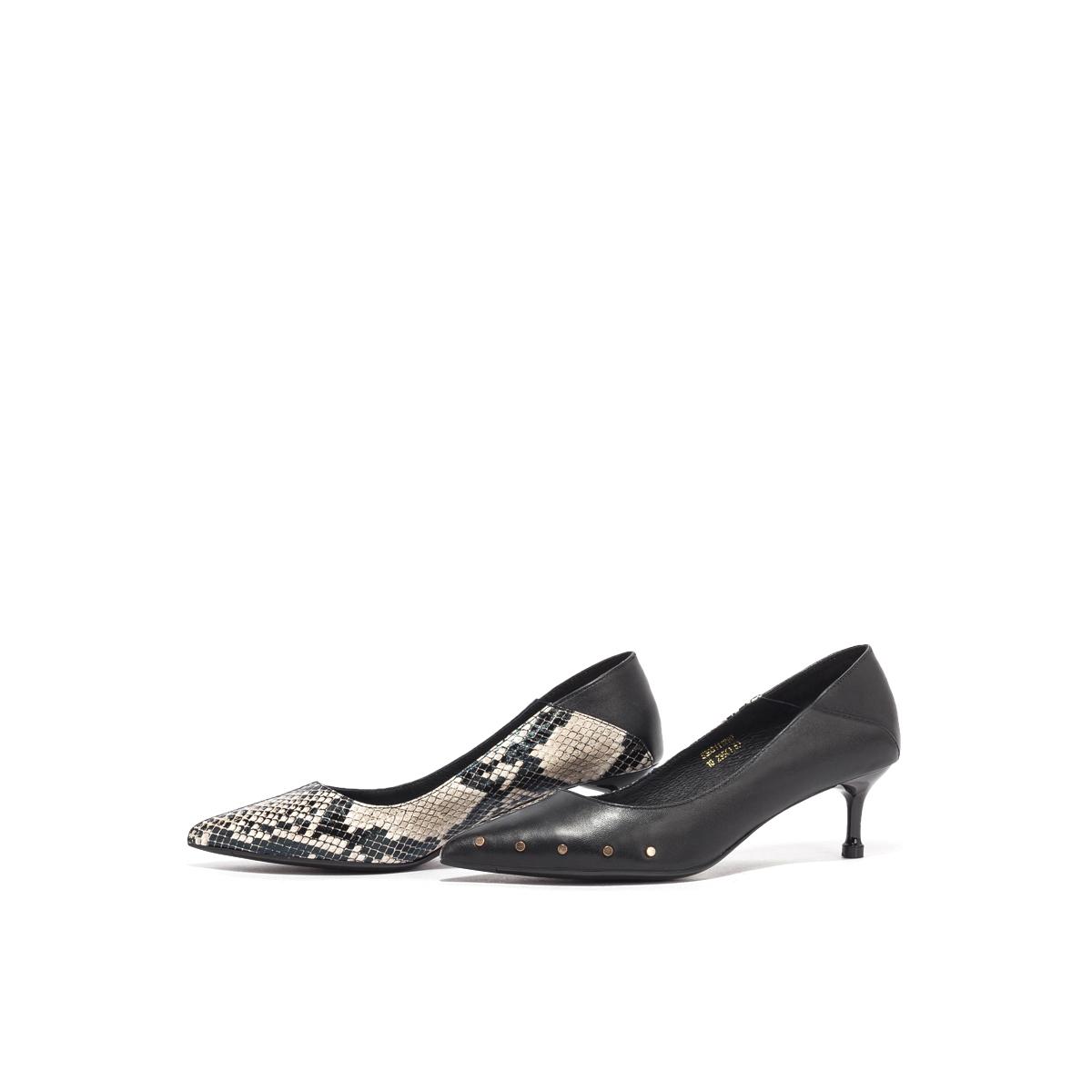 星期六尖头鞋 星期六2020秋季新款拼接铆钉女鞋尖头细高跟浅口单鞋SS03111290_推荐淘宝好看的女星期六尖头鞋