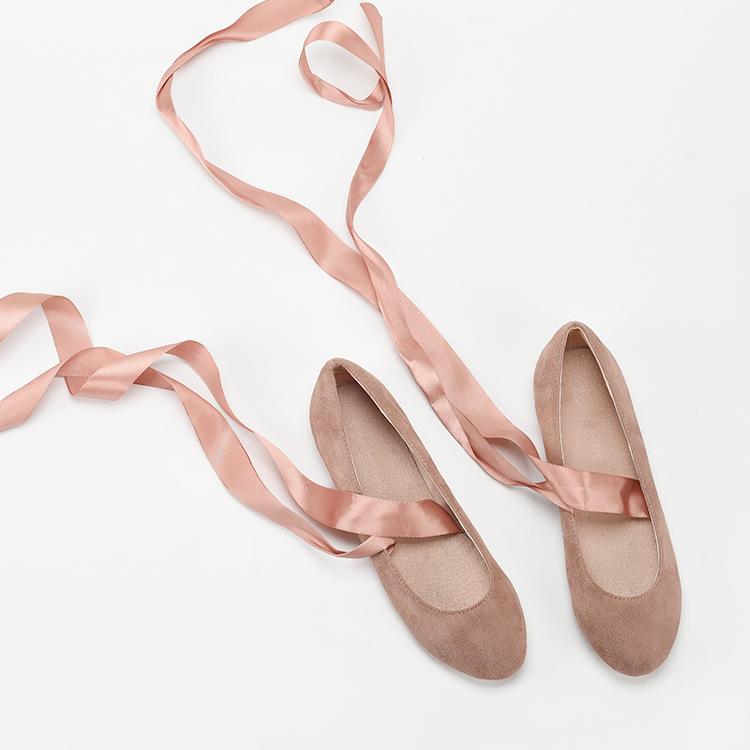 粉红色平底鞋 2020春季圆头平底丝带粉红色缠绕女鞋 绒面舒适学院女士单鞋_推荐淘宝好看的粉红色平底鞋
