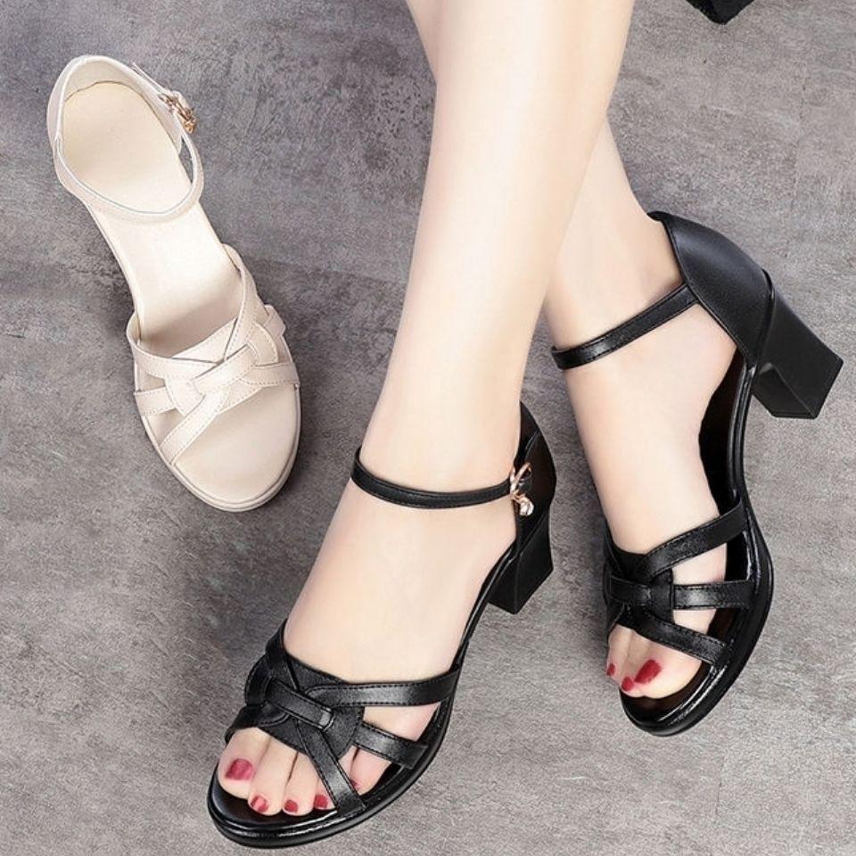 高跟鞋 4新款夏季露趾女鞋粗跟高跟包跟大码真软皮女凉鞋一字搭扣凉皮鞋_推荐淘宝好看的女高跟鞋