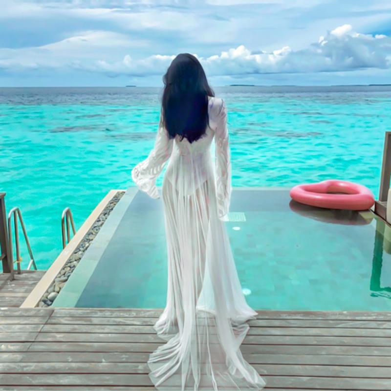 白色连衣裙 海南三亚白色沙滩裙女显瘦超仙泰国海边度假连衣裙套装拍照衣服_推荐淘宝好看的白色连衣裙