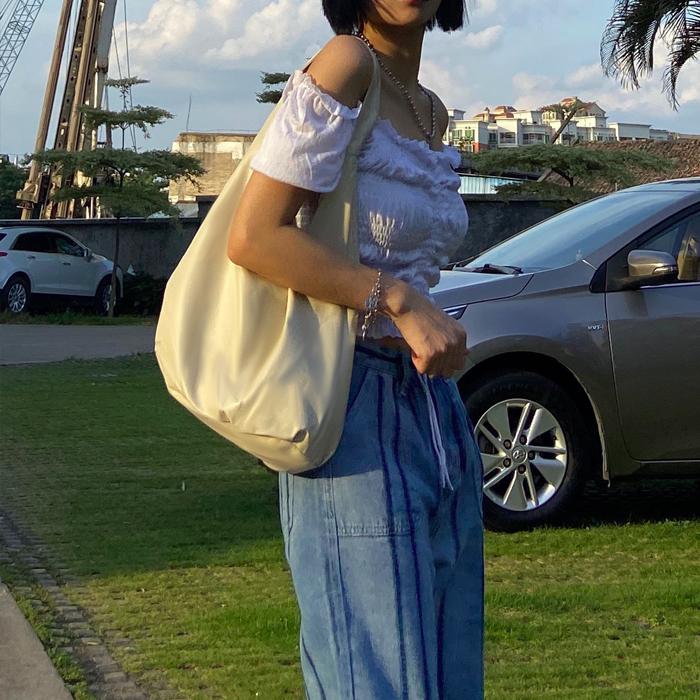 白色手拿包 沙发上海ins复古vintage皮革80年代女士pu米白色手拿单肩背包_推荐淘宝好看的白色手拿包