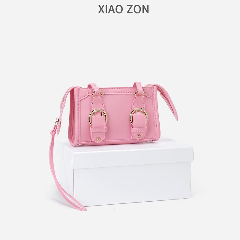 粉红色邮差包 XIAOZON包包女2021新款潮ins时尚mini剑桥邮差粉红色单肩斜挎小包_推荐淘宝好看的粉红色邮差包