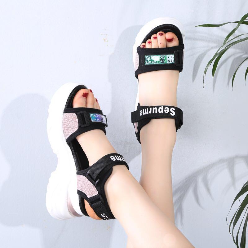 罗马鞋 2020夏季新款凉鞋运动休闲学生女鞋厚底平底松糕罗马女凉鞋_推荐淘宝好看的女罗马鞋