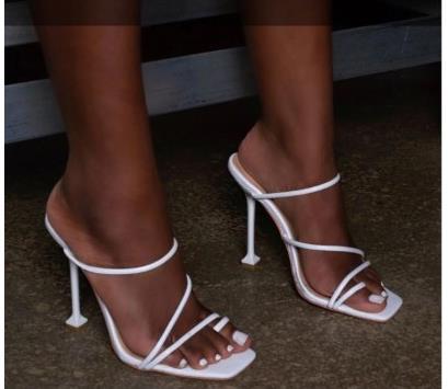 白色罗马鞋 2020夏季新款罗马时尚百搭高跟鞋欧美40-42大码方头白色女凉拖鞋_推荐淘宝好看的白色罗马鞋