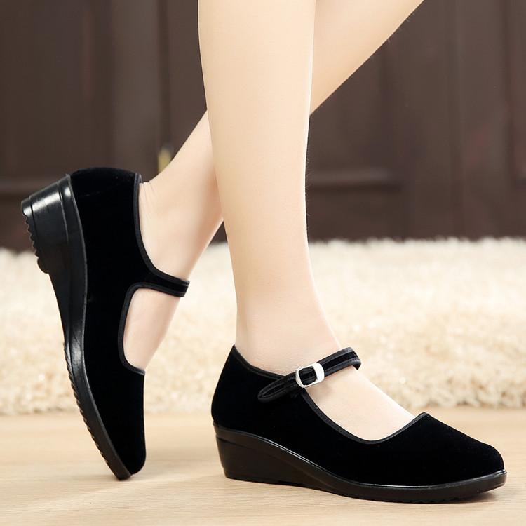 黑色坡跟鞋 正品老北京布鞋女鞋黑色坡跟工作鞋广场舞蹈鞋软底防滑职业酒店鞋_推荐淘宝好看的黑色坡跟鞋