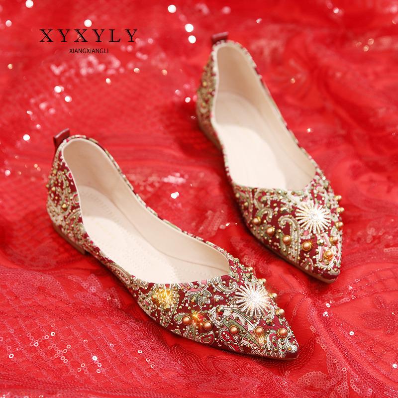 红色平底鞋 平底婚鞋女新娘鞋2019新款秀禾鞋红色结婚鞋孕妇中式绣花低跟单鞋_推荐淘宝好看的红色平底鞋