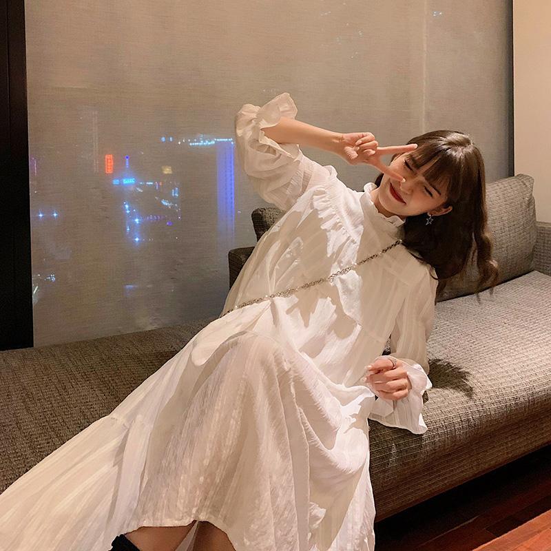 白色连衣裙 秋冬2020新款法式设计感高端气质长袖白色连衣裙仙女内搭打底裙子_推荐淘宝好看的白色连衣裙