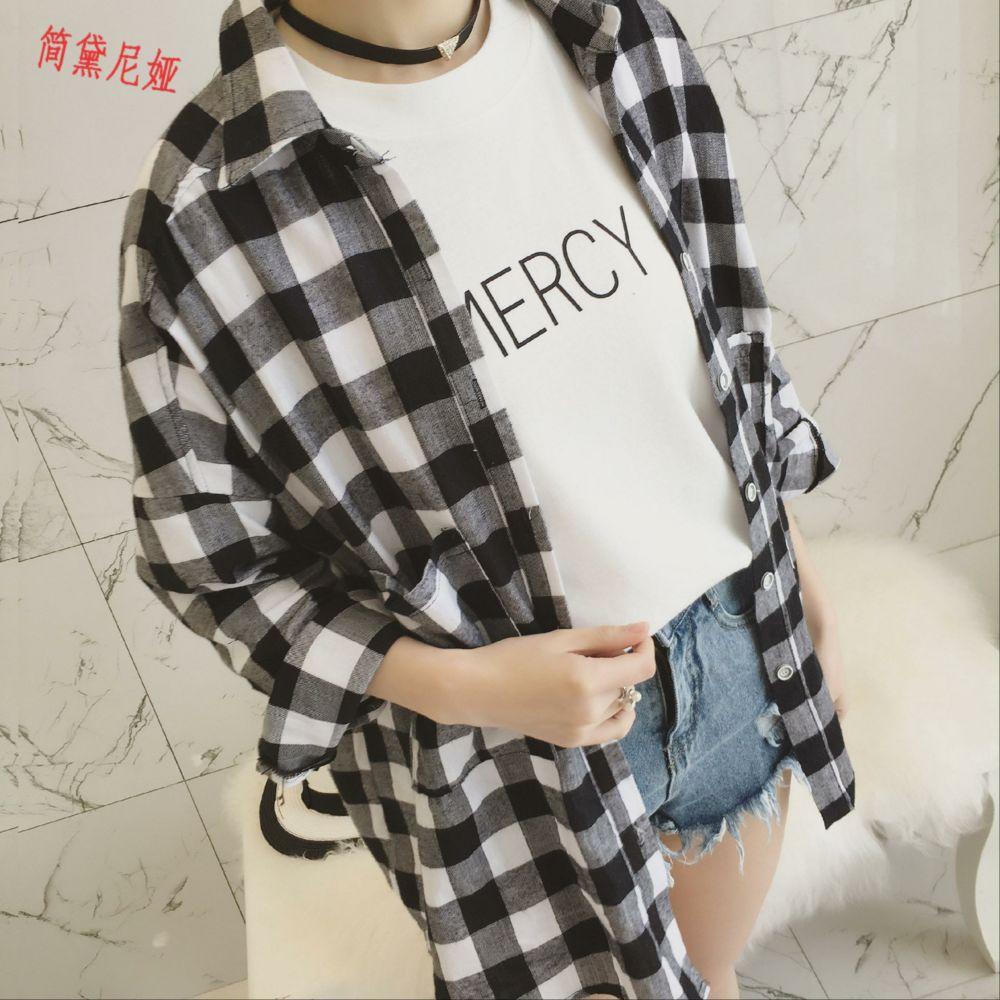 女士长款衬衫 2020春装新款女装韩版宽松中长款黑白格子衬衫女百搭长袖衬衣外套_推荐淘宝好看的女长款衬衫