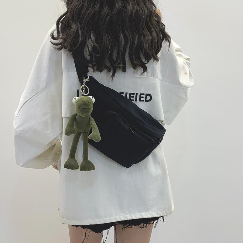 帆布包包 网红小包包女2021新款暗黑风帆布胸包日系腰包女潮百搭ins斜挎包_推荐淘宝好看的女帆布包包