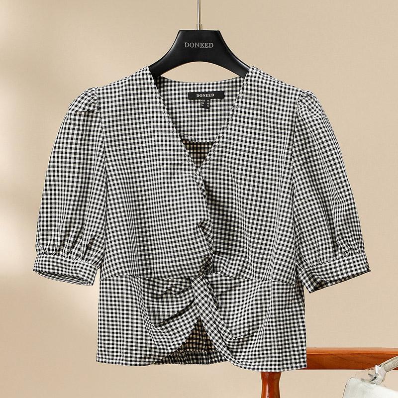格子衬衫 DONEED法式优雅女人味V领泡泡袖气质显瘦格子2020夏新款衬衫上衣_推荐淘宝好看的女格子衬衫