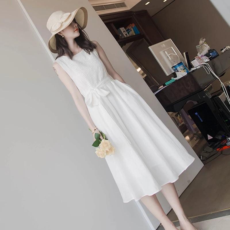 白色无袖连衣裙 女夏白色系带蕾丝连衣裙长过膝无袖雪纺裙子法式少女小清新小香风_推荐淘宝好看的白色无袖连衣裙
