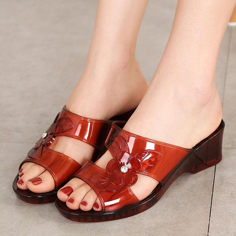 果冻坡跟鞋 水晶果冻塑料坡跟厚底凉拖鞋女高跟夏季外穿中跟时尚防滑粗跟拖鞋_推荐淘宝好看的果冻坡跟鞋