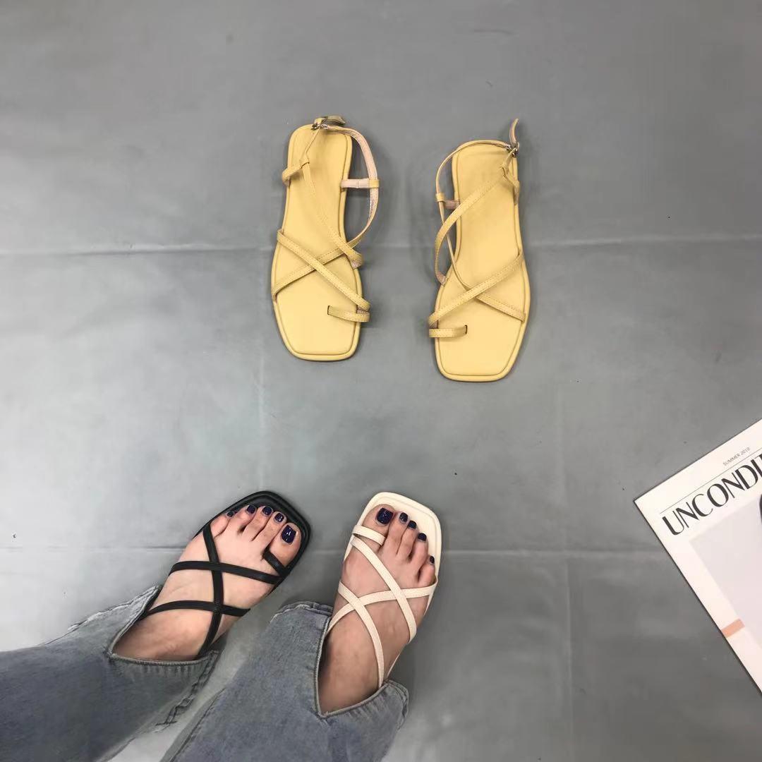 黄色罗马鞋 一字带凉鞋女2021年小众平底方头趾夹脚夏交叉细带黄色露趾罗马鞋_推荐淘宝好看的黄色罗马鞋