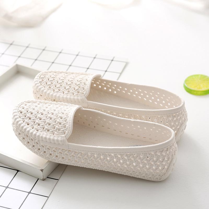 白色平底鞋 夏季女款洞洞镂空女鞋塑料白色凉鞋防滑平底护士鞋孕妇妈妈鞋舒适_推荐淘宝好看的白色平底鞋