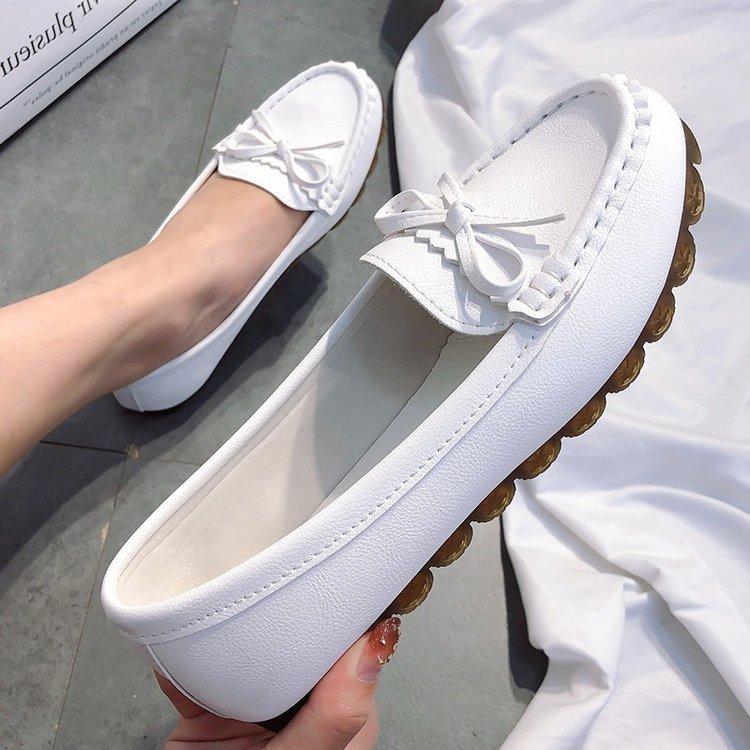 白色豆豆鞋 豆豆鞋女2021新款夏季百搭韩版防滑软底孕妇鞋白色透气舒适护士鞋_推荐淘宝好看的白色豆豆鞋