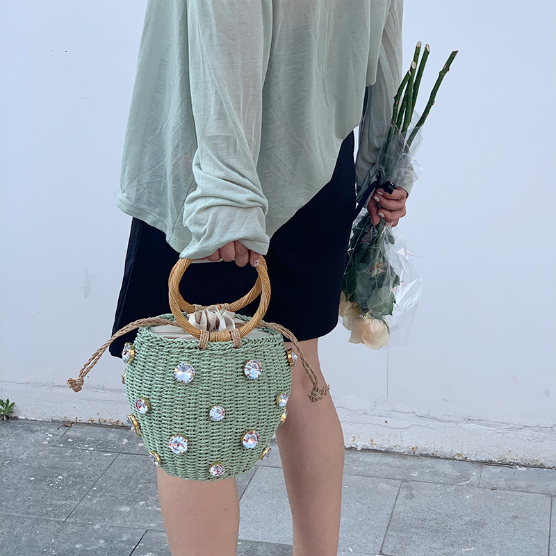 绿色草编包 cosy zing 绿色人造宝石镶饰篮式手提包 ZA同款圆环草编织水桶包_推荐淘宝好看的绿色草编包