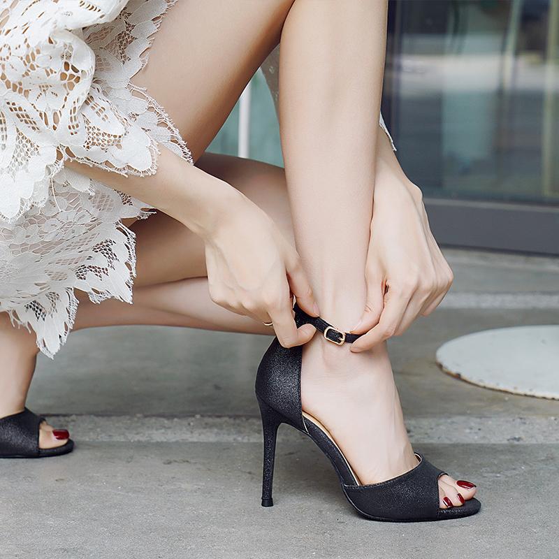 鱼嘴性感高跟鞋 鱼嘴高跟凉鞋亮片2020夏季新款性感细跟中空33码中跟镂空高跟女鞋_推荐淘宝好看的鱼嘴性感高跟鞋