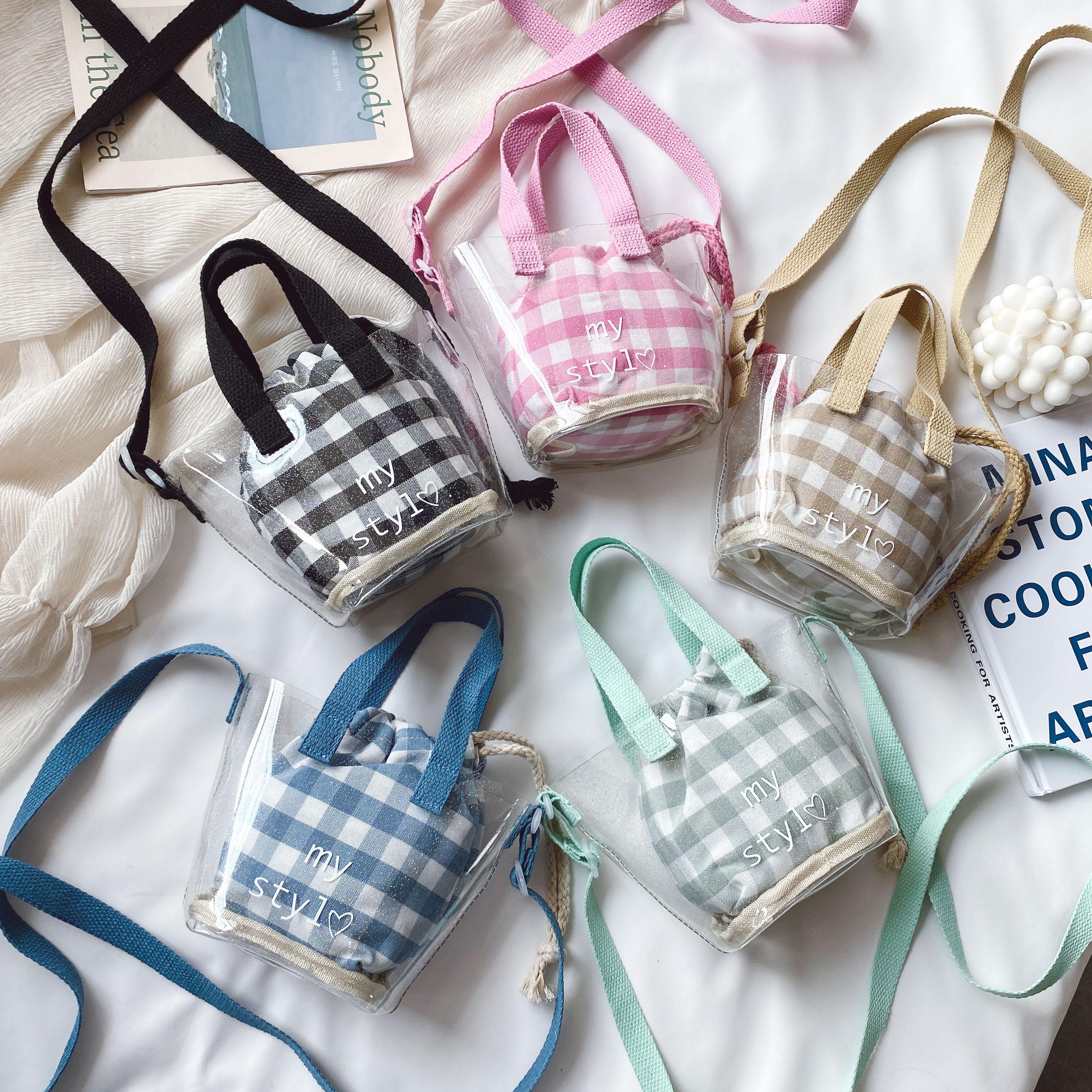 果冻迷你包 夏天儿童包包女2020新款百搭格子塑料透明果冻沙滩包迷你零钱包包_推荐淘宝好看的女果冻迷你包