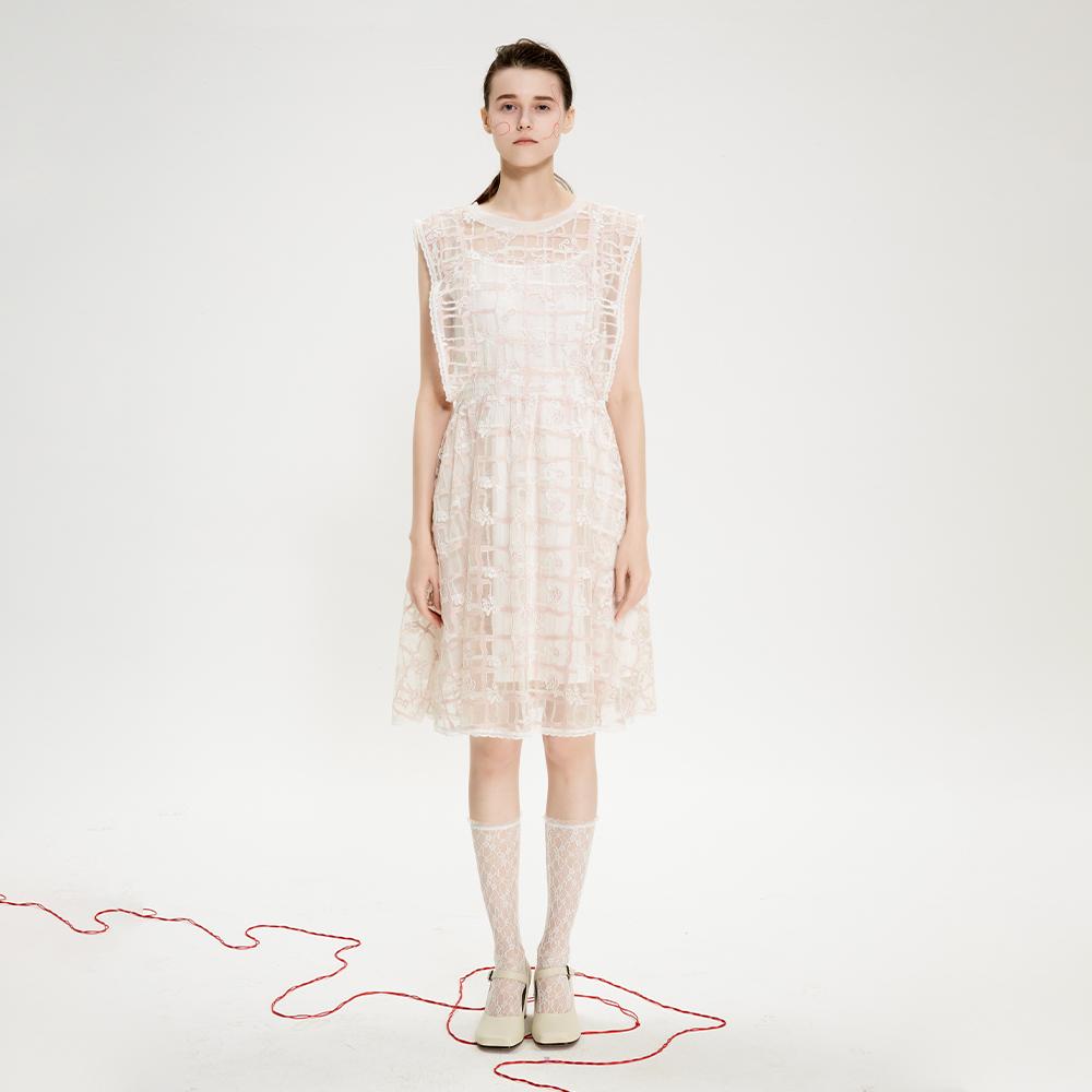 蕾丝连衣裙 经典款 LEEMONSAN枺上20夏季新品双色蕾丝无袖大摆连衣裙4120009_推荐淘宝好看的蕾丝连衣裙