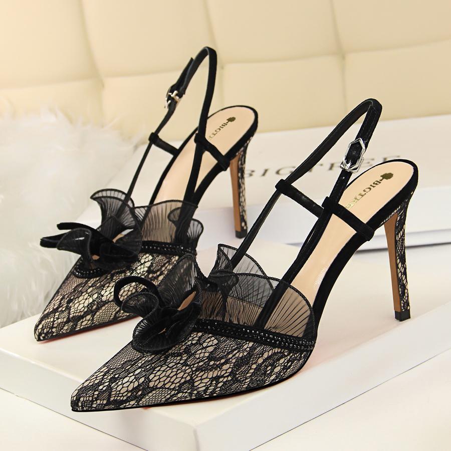 水钻高跟鞋 欧美风时尚高跟鞋时尚性感宴会显瘦女鞋细跟高跟水钻蕾丝镂空凉鞋_推荐淘宝好看的女水钻高跟鞋