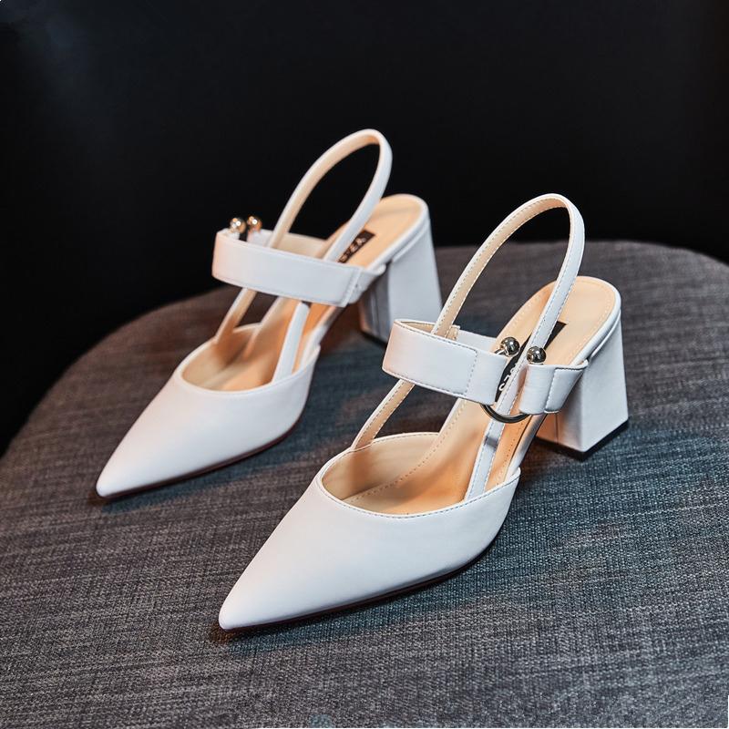 白色凉鞋 2019春秋新款尖头白色高跟鞋女粗跟后空凉鞋裸色百搭中跟单鞋夏季_推荐淘宝好看的白色凉鞋