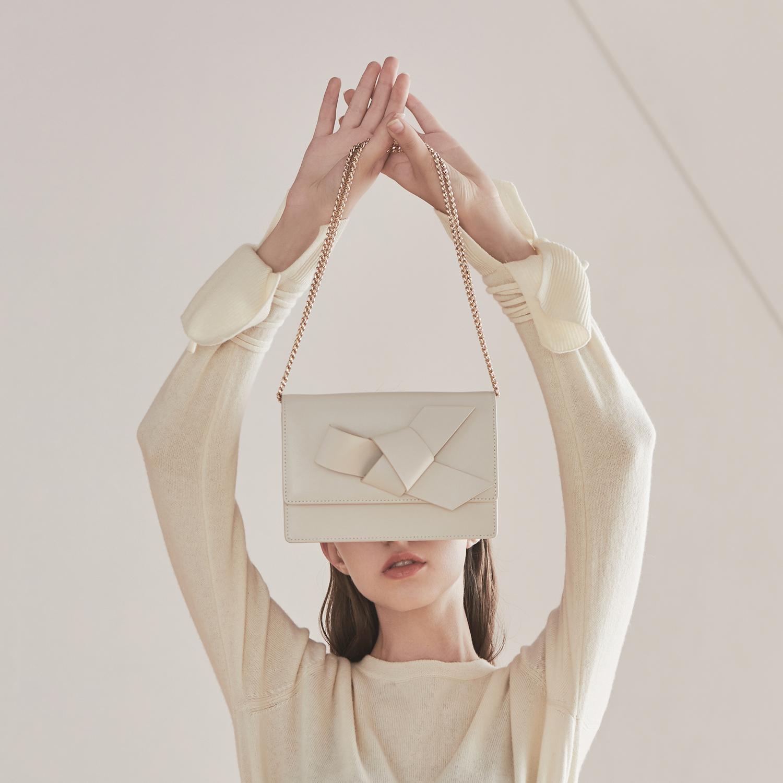 白色链条包 HFresh 白色链条单肩包 包包 女包新款2021潮 简约斜挎真皮小方包_推荐淘宝好看的白色链条包