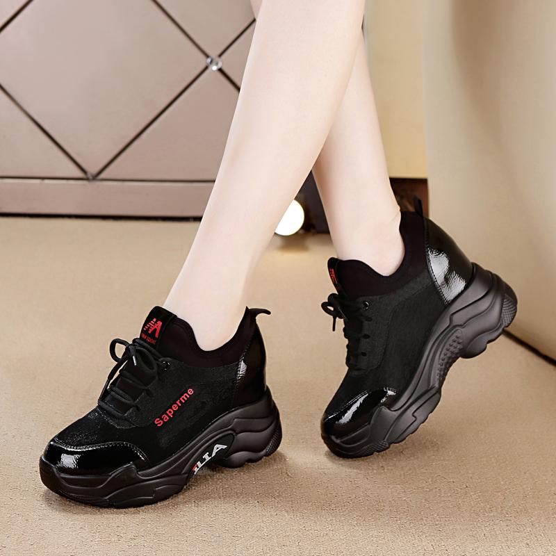 黑色坡跟鞋 2020新款黑色秋冬老爹松糕休闲坡跟运动鞋女加绒厚底内增高旅游鞋_推荐淘宝好看的黑色坡跟鞋