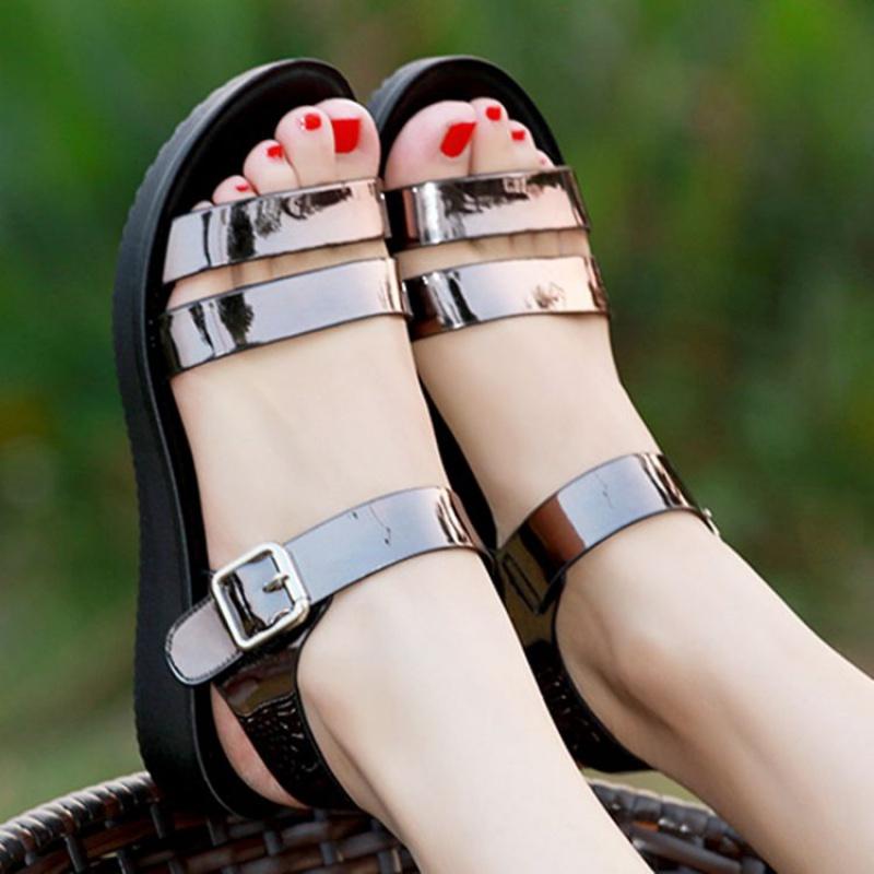 平跟罗马凉鞋 凉鞋女夏季平底学生2019新款平跟韩版百搭女鞋中跟罗马女士粗跟鞋_推荐淘宝好看的女平跟罗马凉鞋