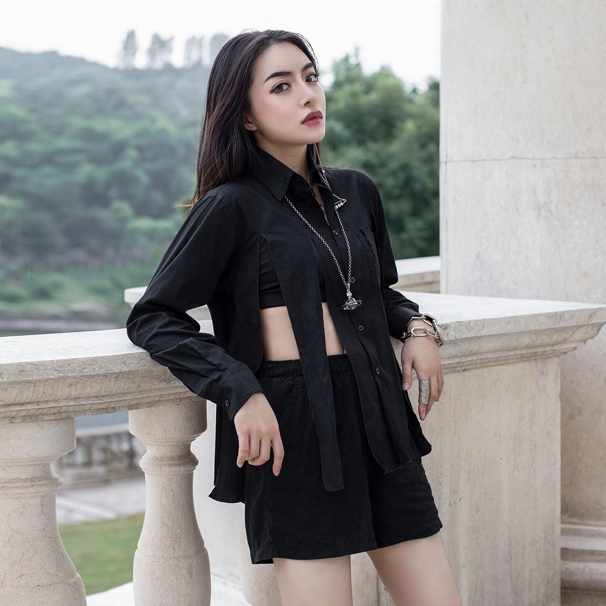 休闲长袖衬衫 SIMPLE BLACK 2021春夏暗黑风个性破条镂空长袖休闲衬衫女_推荐淘宝好看的女休闲长袖衬衫