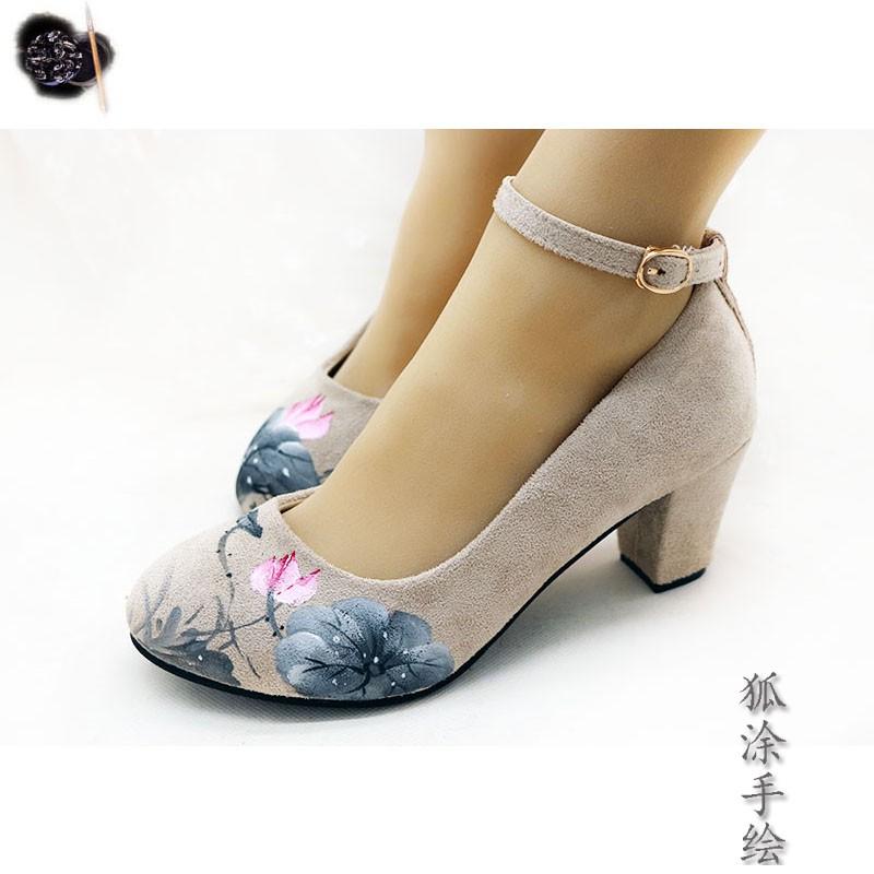 女高跟鞋 原创手绘复古风汉元素国潮晚晚淑女搭配汉服旗袍粗跟高跟浅口女鞋_推荐淘宝好看的女高跟鞋