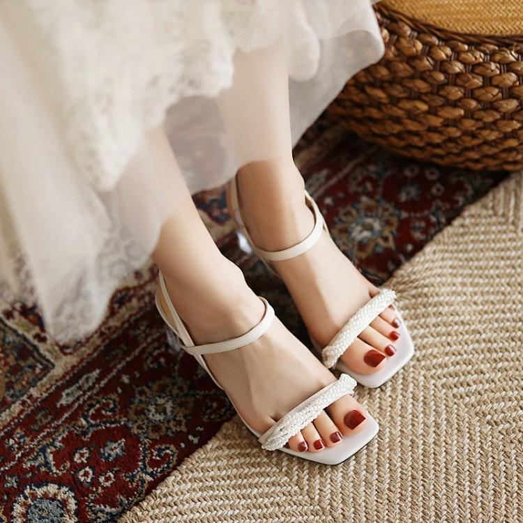 粉红色凉鞋 鞋子2021年夏季凉鞋女米色粉红色水晶鞋珍珠粗跟高跟大码女鞋 LQW_推荐淘宝好看的粉红色凉鞋