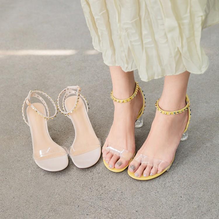 黄色鱼嘴鞋 夏季露趾粗跟仙女百搭凉鞋柠檬黄色铆钉高跟女皮带扣透明鞋跟网红_推荐淘宝好看的黄色鱼嘴鞋