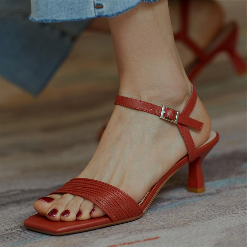 红色罗马鞋 2021新款罗马细带凉鞋中跟红色婚鞋细跟4cm露趾百搭一字带高跟鞋_推荐淘宝好看的红色罗马鞋