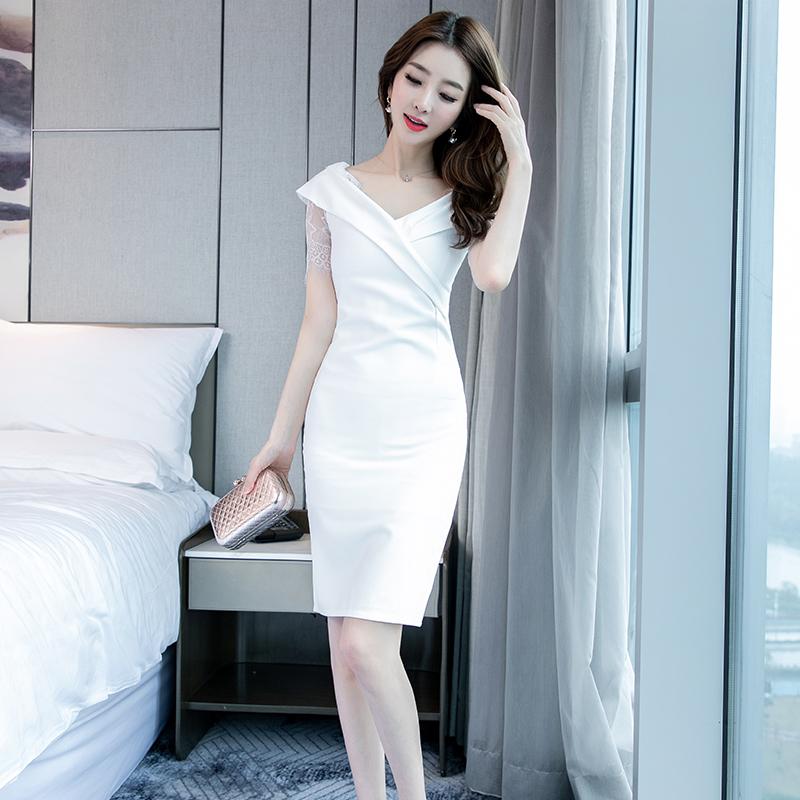 白色修身连衣裙 白色连衣裙女夏季2020新款气质中长款修身包臀裙交叉V领性感裙子_推荐淘宝好看的白色修身连衣裙