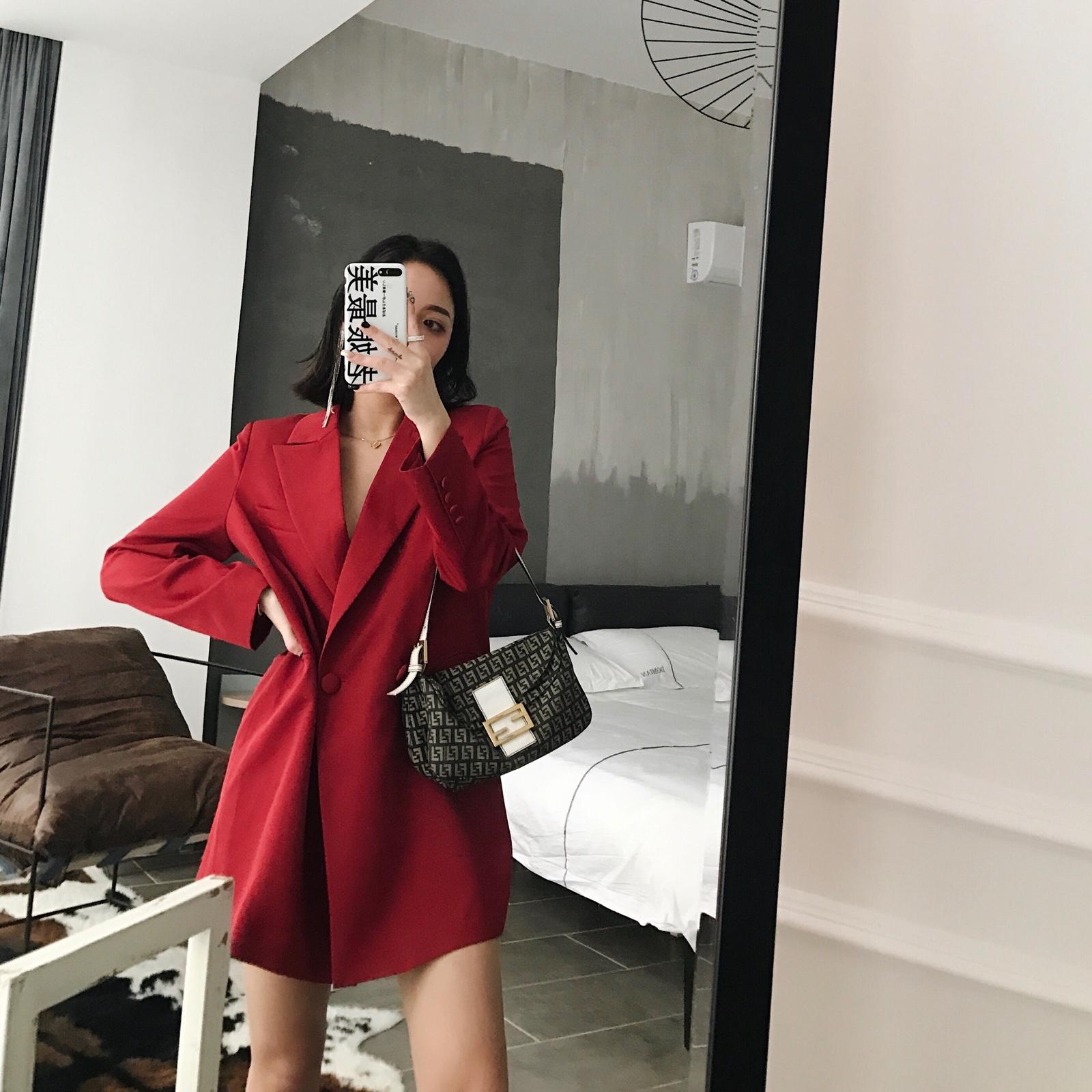 红色小西装 Rozellezheng 洋气小辣椒春季正红色 本命招财时髦红西装 现货_推荐淘宝好看的红色小西装