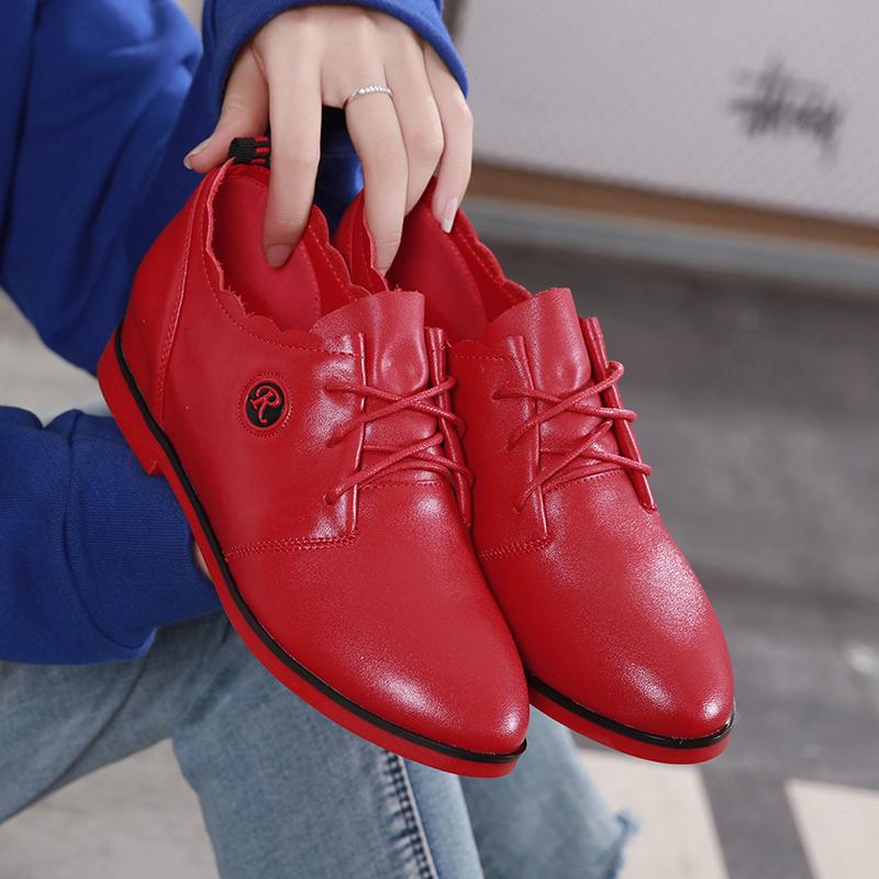 红色单鞋 红色皮鞋女2021春秋新款平底单鞋纯真皮内增高平跟中年女士休闲鞋_推荐淘宝好看的红色单鞋