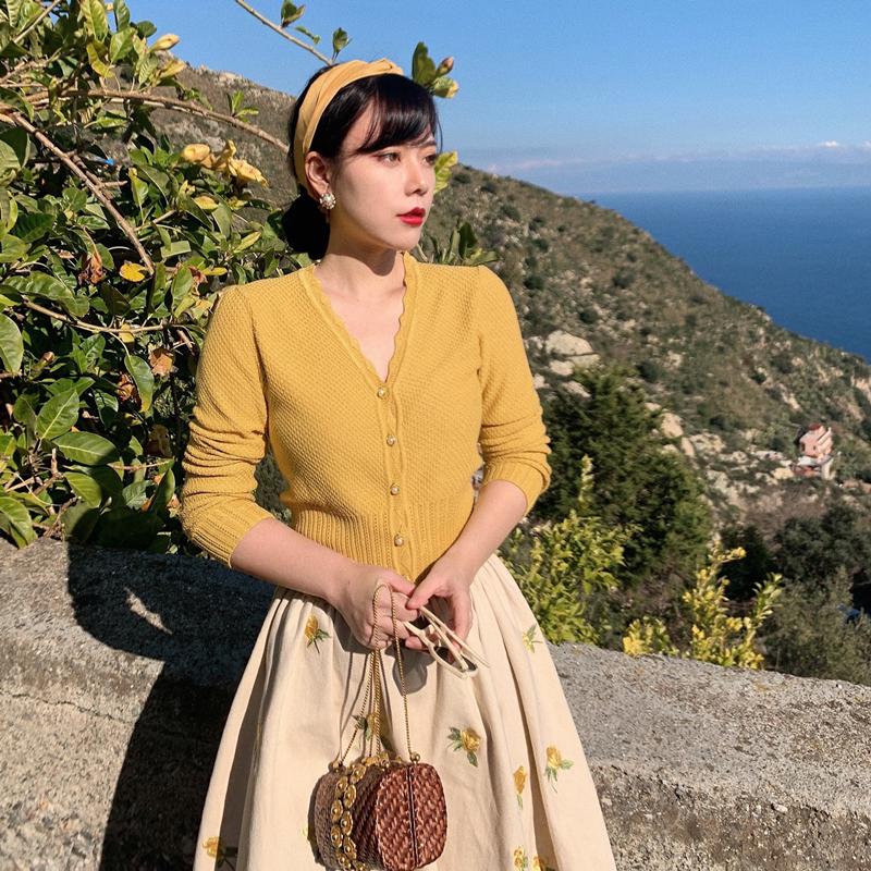 黄色针织衫 MR WATER水滴君 1960s 复古海报款 黄色v领显瘦长袖针织开衫女春_推荐淘宝好看的黄色针织衫