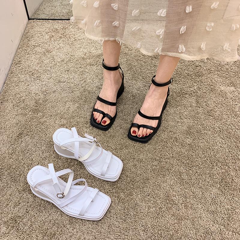 白色罗马鞋 网红凉鞋女仙女风2021新款绑带厚底坡跟夏季白色女鞋高跟罗马鞋夏_推荐淘宝好看的白色罗马鞋