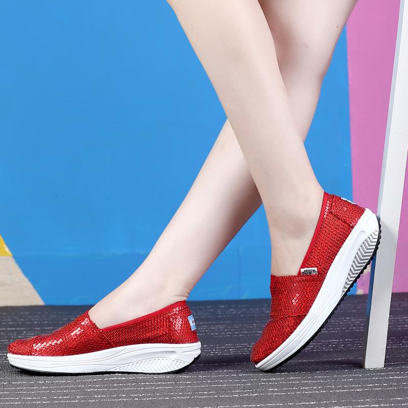 红色厚底鞋 春夏秋季红色亮片女单鞋厚底低帮摇摇鞋套脚玛丽帆布时装鞋旅游鞋_推荐淘宝好看的红色厚底鞋