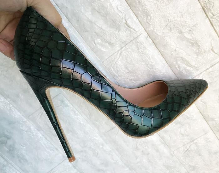 绿色高跟鞋 墨绿色高跟鞋女2020新款细跟石头纹尖头12cm年会高跟鞋女百搭单鞋_推荐淘宝好看的绿色高跟鞋