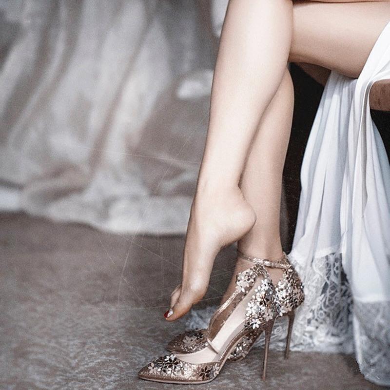 尖头高跟鞋 2021尖头银色水晶婚鞋法式少女高跟鞋细跟一字带扣金色秀禾新娘鞋_推荐淘宝好看的女尖头高跟鞋