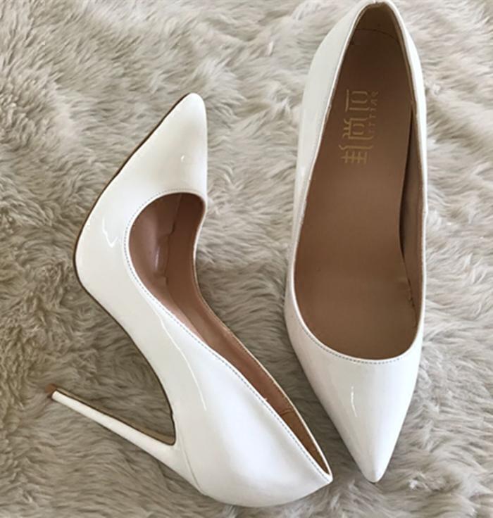 白色高跟单鞋 欧美风格新款白色漆皮尖头高跟鞋婚鞋性感浅口细跟女单鞋小码女鞋_推荐淘宝好看的女白色高跟单鞋