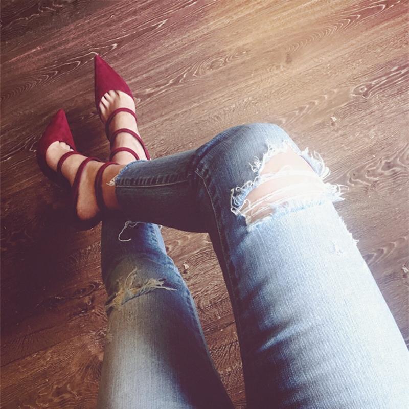 细跟性感高跟鞋 2020秋季新款欧美绒面尖头浅口红色高跟鞋女性感细跟一字扣带单鞋_推荐淘宝好看的细跟性感高跟鞋